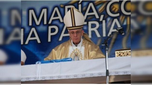 Iglesia argentina pide no olvidar a los pobres al celebrar su Bicentenario
