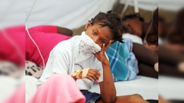 El cólera en Haití ya mató a más de 900 personas