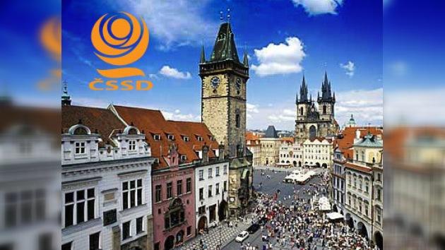 La oposición obtuvo por primera vez  la mayoría absoluta en el Senado checo