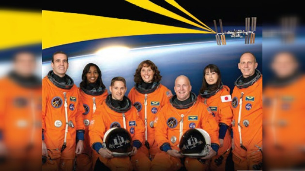 El transbordador Discovery despega hoy rumbo a la EEI