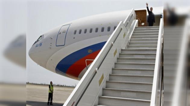 El presidente de Rusia realizará este lunes una visita oficial a París