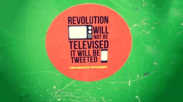 Allanan viviendas en Turquía por supuesta incitación a las protestas a través de Twitter