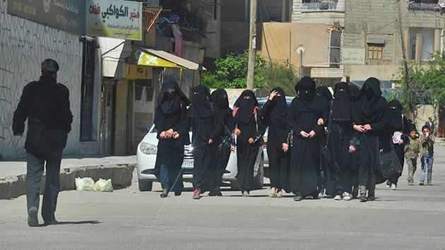 Británicas se jactan de unirse a las crueles brigadas femeninas del Estado Islámico