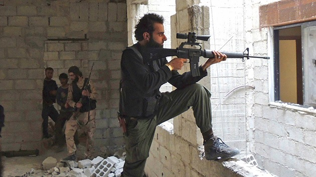 El Pentágono presenta un plan para entrenar y armar a 2.300 rebeldes sirios