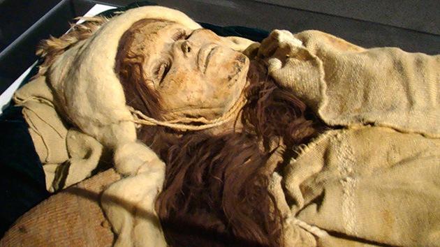 Hallan el queso más 'curado' del mundo: Lleva 3.500 años enterrado con momias chinas