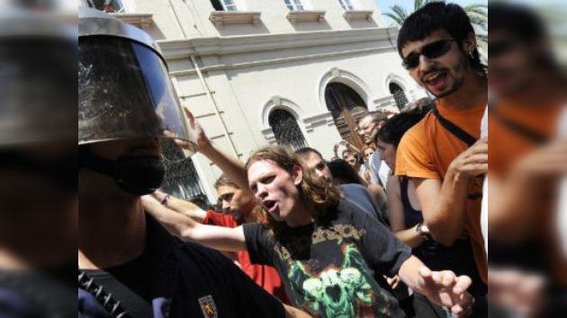 'Indignados' heridos y detenidos ahora en Valencia