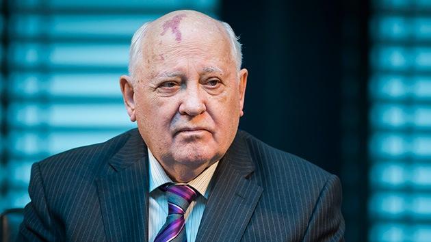 Gorbachov planea una estrategia global para estabilizar el mundo