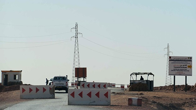 Argelia: Hallan 25 cadáveres en la planta de gas durante las operaciones de búsqueda