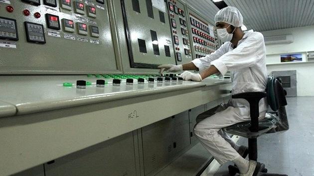 """Irán no dejará de enriquecer uranio """"ni un segundo"""""""