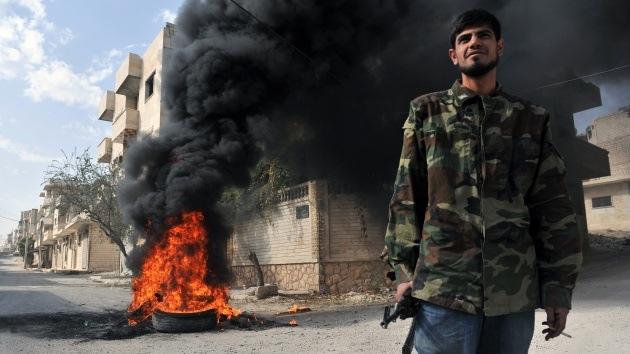 Vídeo: Terroristas de Frente al Nusra queman vivas a tres personas en Siria