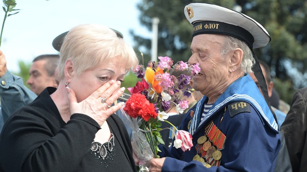 A pesar de las advertencias, el sureste de Ucrania celebra el Día de la Victoria