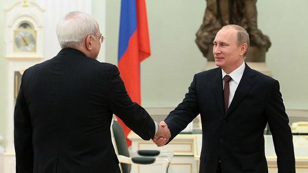 Putin: Los acuerdos sobre el programa nuclear de Irán no deben quedarse solo en papel