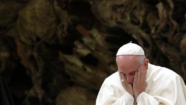Estudio: Los católicos de América Latina abandonan su fe