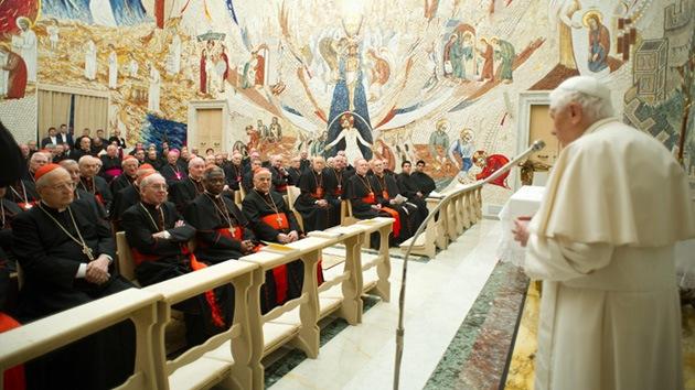 """El Vaticano se defiende: """"El escándalo mediático busca desacreditar a la Iglesia"""""""
