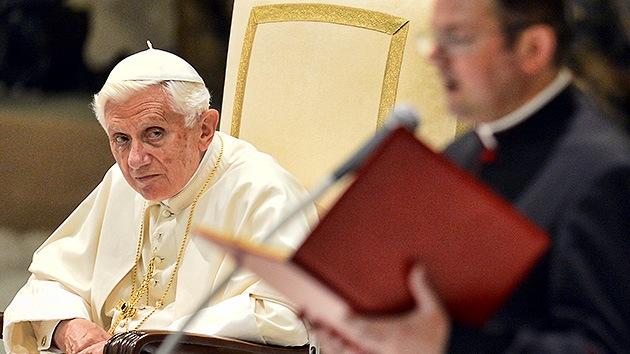 El Vaticano 'toma confesión' a 28 personas por la filtración de documentos