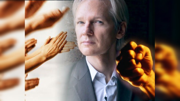 Assange 'escandaliza' al mundo con su estreno en RT
