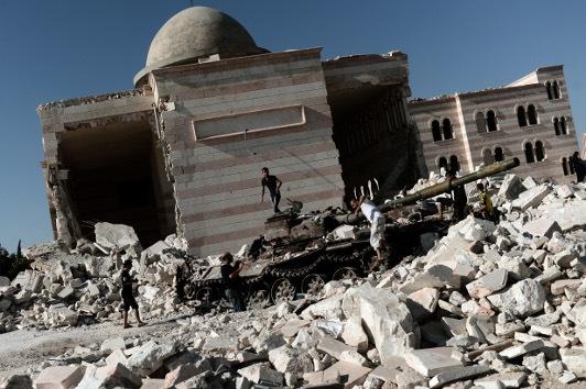 Francia: si el régimen de Assad usa armas químicas, se justificaría la intervención