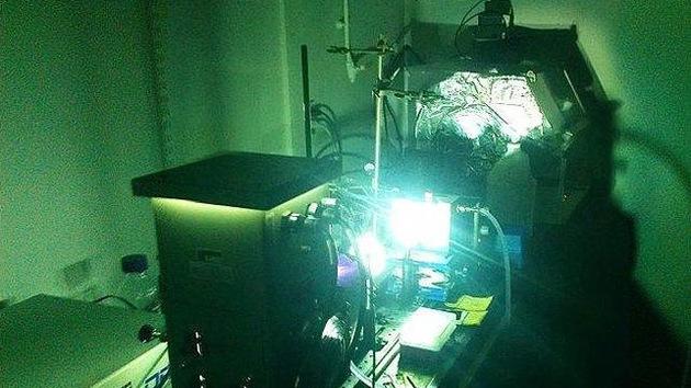 Hallan un método para generar energía solar en la oscuridad