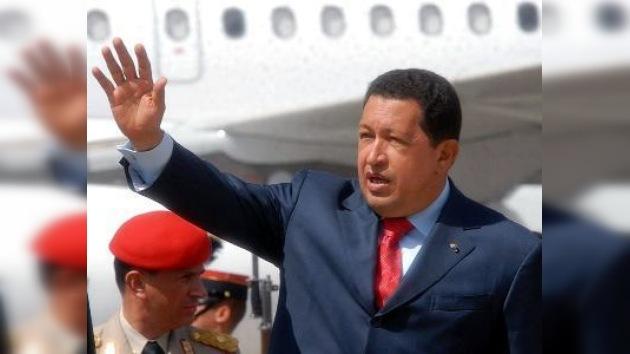 Hugo Chávez recibirá a Mahmoud Abbas