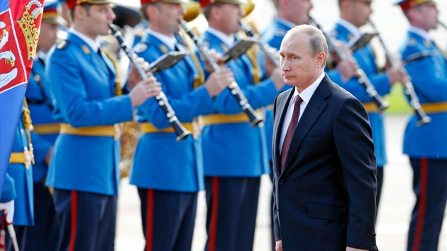 Video: Vladímir Putin visita Serbia