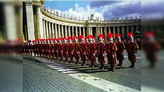 La Santa Sede salió a defender su cuerpo de seguridad