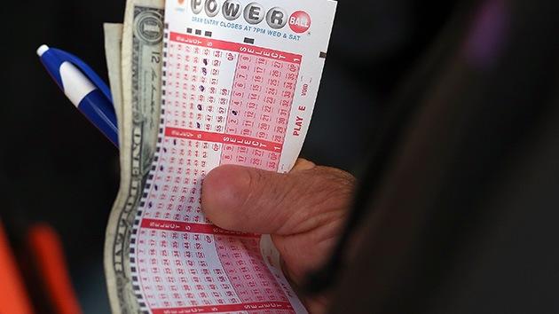 Gana 16 millones de dólares en la lotería y no los reclama