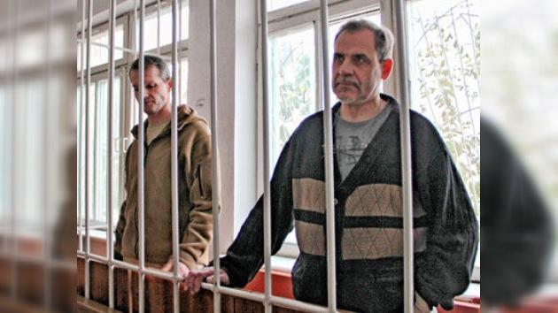 """Moscú responderá """"duro y con principios"""" a la sentencia a dos pilotos rusos en Tayikistán"""