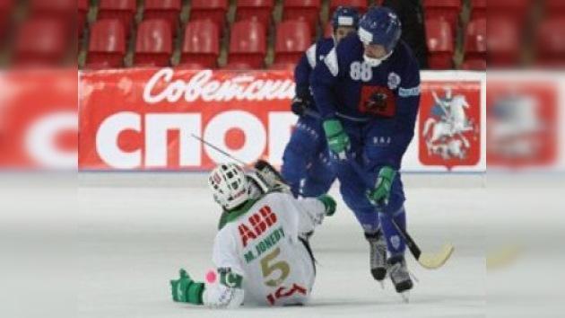 Dinamo de Moscú se proclama bicampeón europeo de Bandy