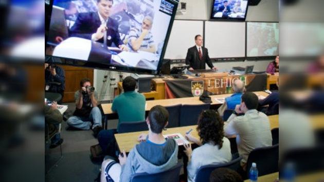 Conferencia 'online' entre una universidad estadounidense y la oposición en Bengasi