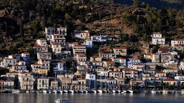 Grecia cerrará el único hospital de una isla de 200.000 habitantes, pero invierte en Defensa