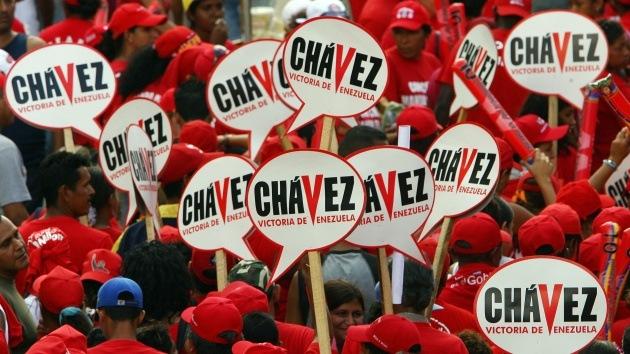 """""""Chávez, te levantarás como ave Fénix"""": los venezolanos apoyan a su líder en la Red"""