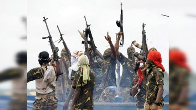 Piratas de Nigeria ponen en libertad a los rusos del buque capturado