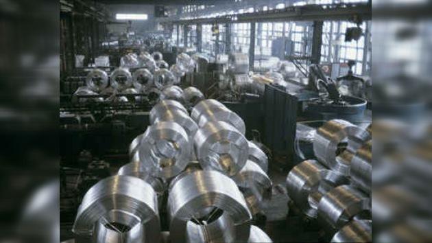 Gigante del aluminio ruso Rusal tiene preparada su OPV/IPO en Hong Kong