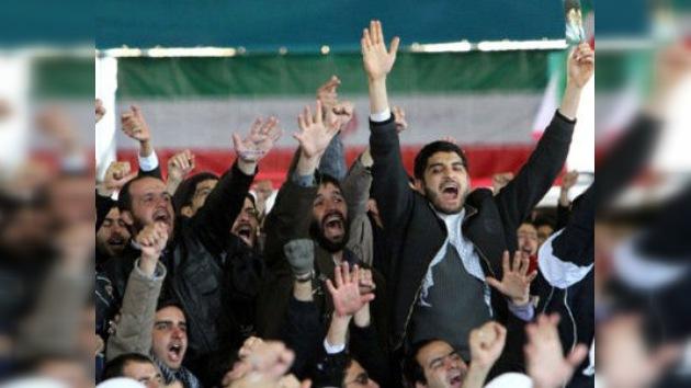 """Irán: """"Podemos responder a la agresión de EE. UU. en cualquier punto del mundo"""""""
