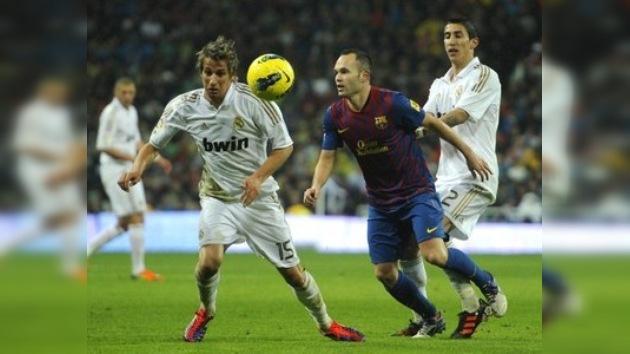 Regalo futbolístico a la vista: probable choque Madrid-Barça en el arranque de 2012