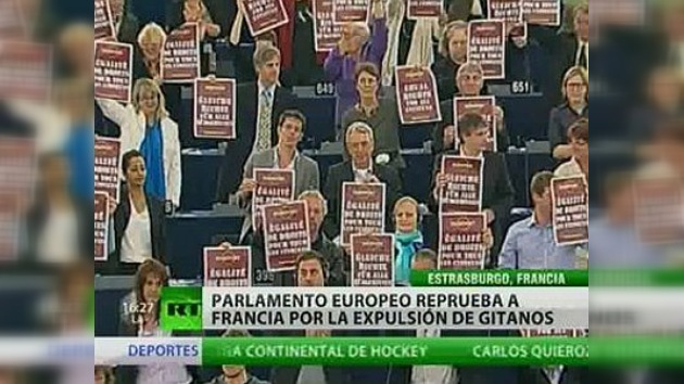 El Parlamento Europeo reprueba a Francia por la expulsión de gitanos