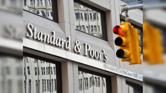 Agencias calificadoras, 'ratings' con intereses comerciales