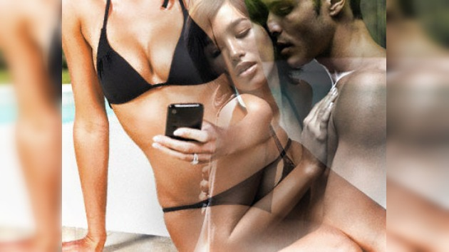 Una pareja condenada a prisión en los EAU por 'sms' de contenido erótico