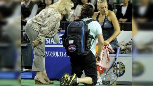 Sharápova cuelga la raqueta en Estambul
