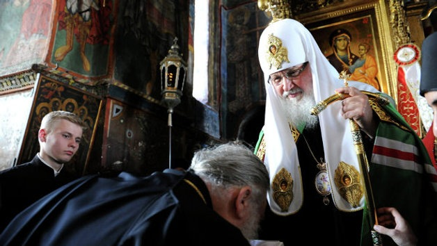 El jefe de la Iglesia rusa, en contra de usar internet en los monasterios