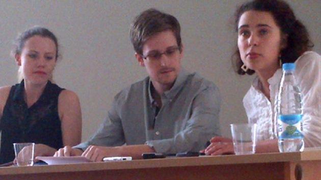 Publican el primer vídeo de Snowden desde que llegó a Moscú