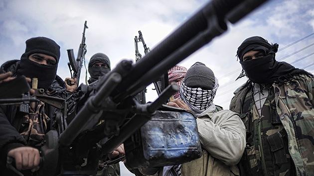 El Ejército Libre de Siria pide que se lancen ataques aéreos contra el régimen de Damasco
