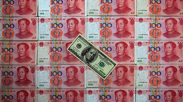 China se hace con un volumen récord de deuda estadounidense