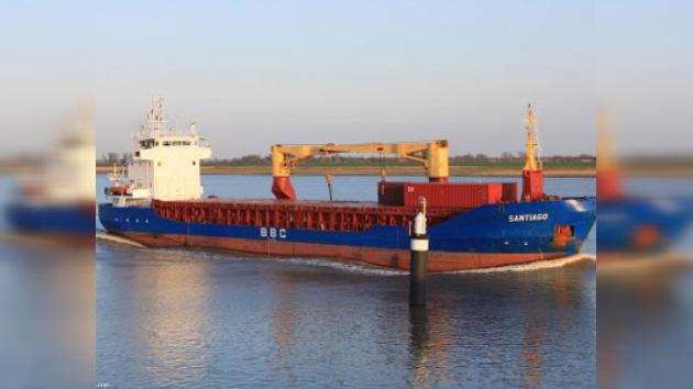 Policía de Chipre detiene un barco con armamento