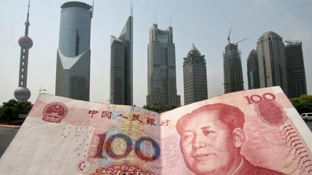 Estudio: El yuan alcanza los primeros puestos en las transacciones mundiales