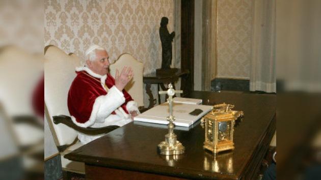 Juan Pablo II, un paso de hacerse beato