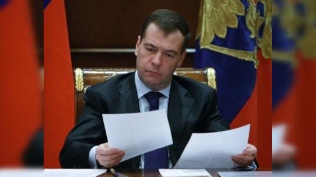 Medvédev hará el balance del año 2009  frente a los ciudadanos rusos