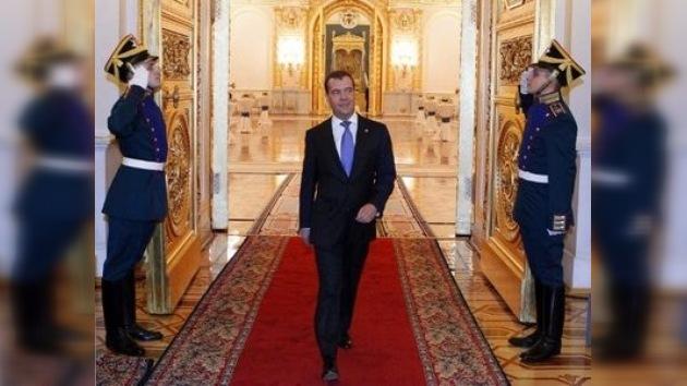 Medvédev acepta la propuesta de liderar el partido gobernante Rusia Unida