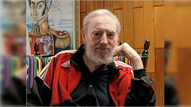 """Fidel Castro: """"A los jóvenes les interesa más que a nadie el futuro"""""""