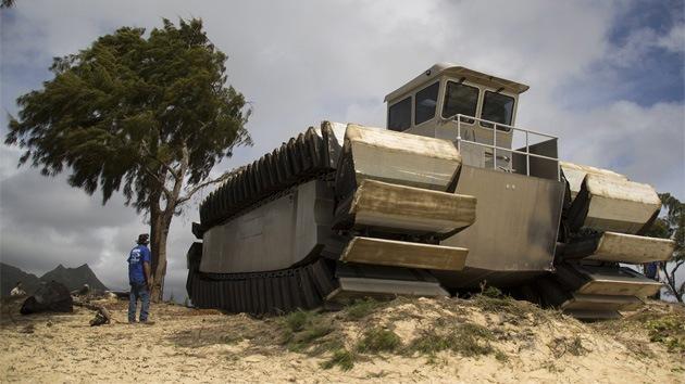 El Cuerpo de Marines de EE.UU. prueba un monstruoso vehículo de asalto anfibio